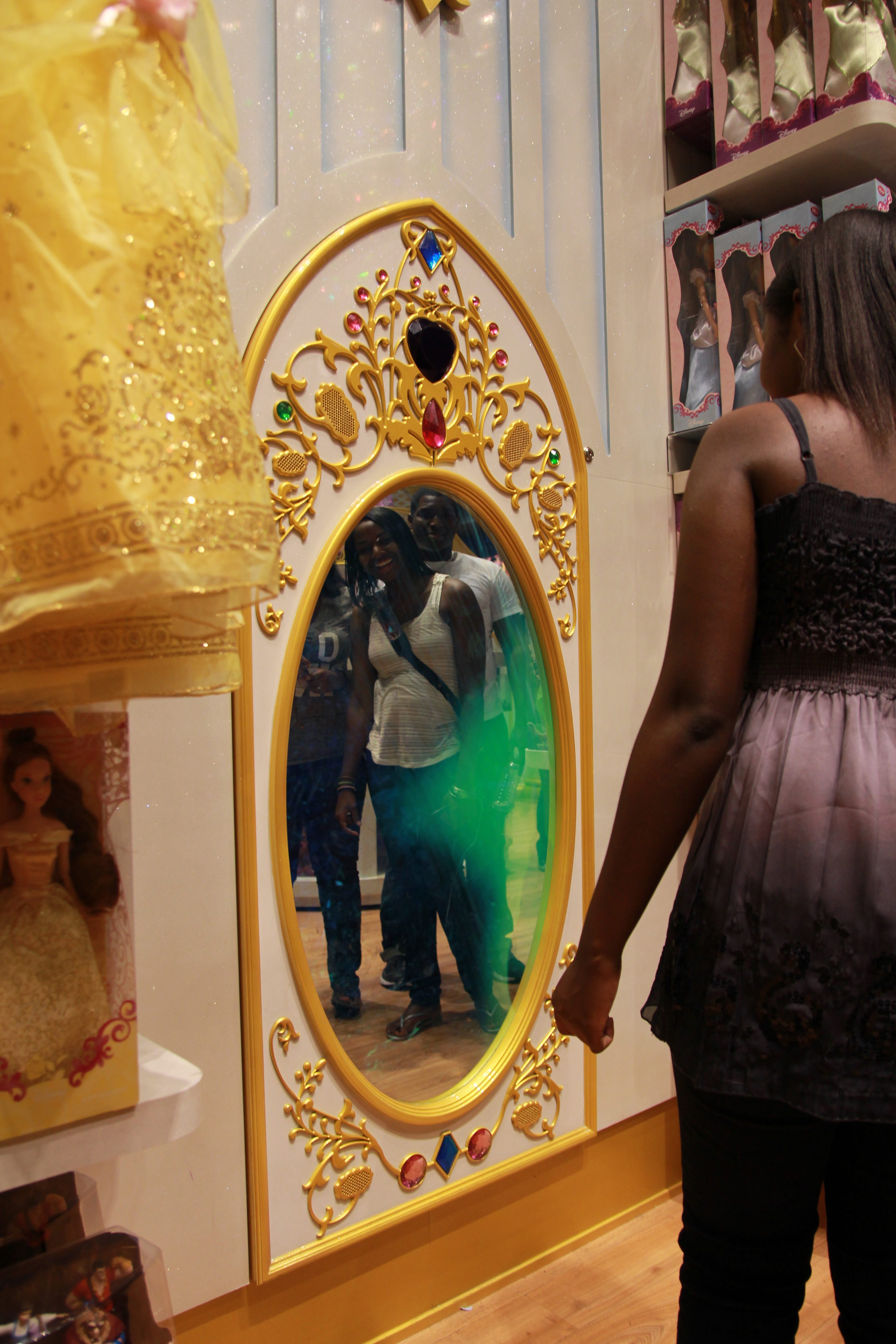 Interactive magic mirror installation in disney store for Mirror installation